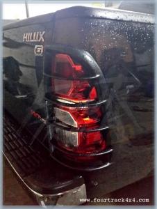 hilux lampguard14021501