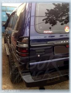 isuzupanther bumper blk 22031604