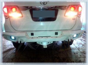 toyota fortuner bumper blk 21041603