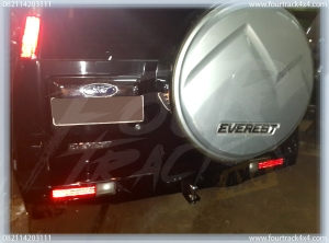 ford everest bumper blk 29081601